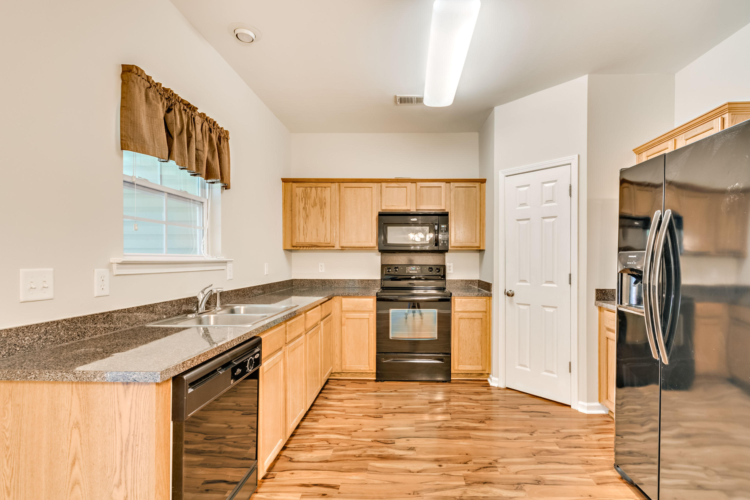 Townhomes at Berkeley Commons Homes For Sale - 232 Lamplighter, Summerville, SC - 26