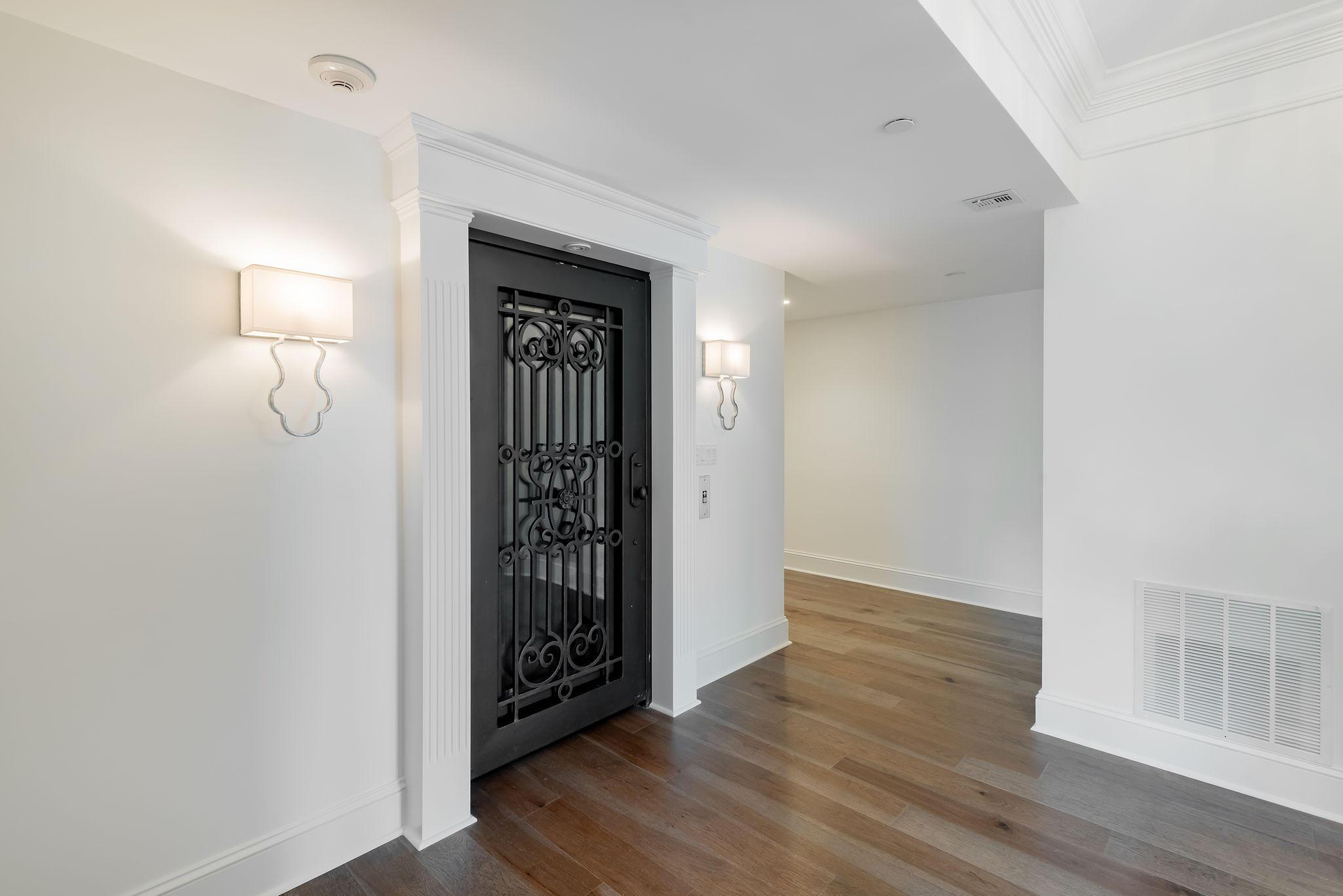 Renaissance On Chas Harbor Homes For Sale - 211 Plaza, Mount Pleasant, SC - 10