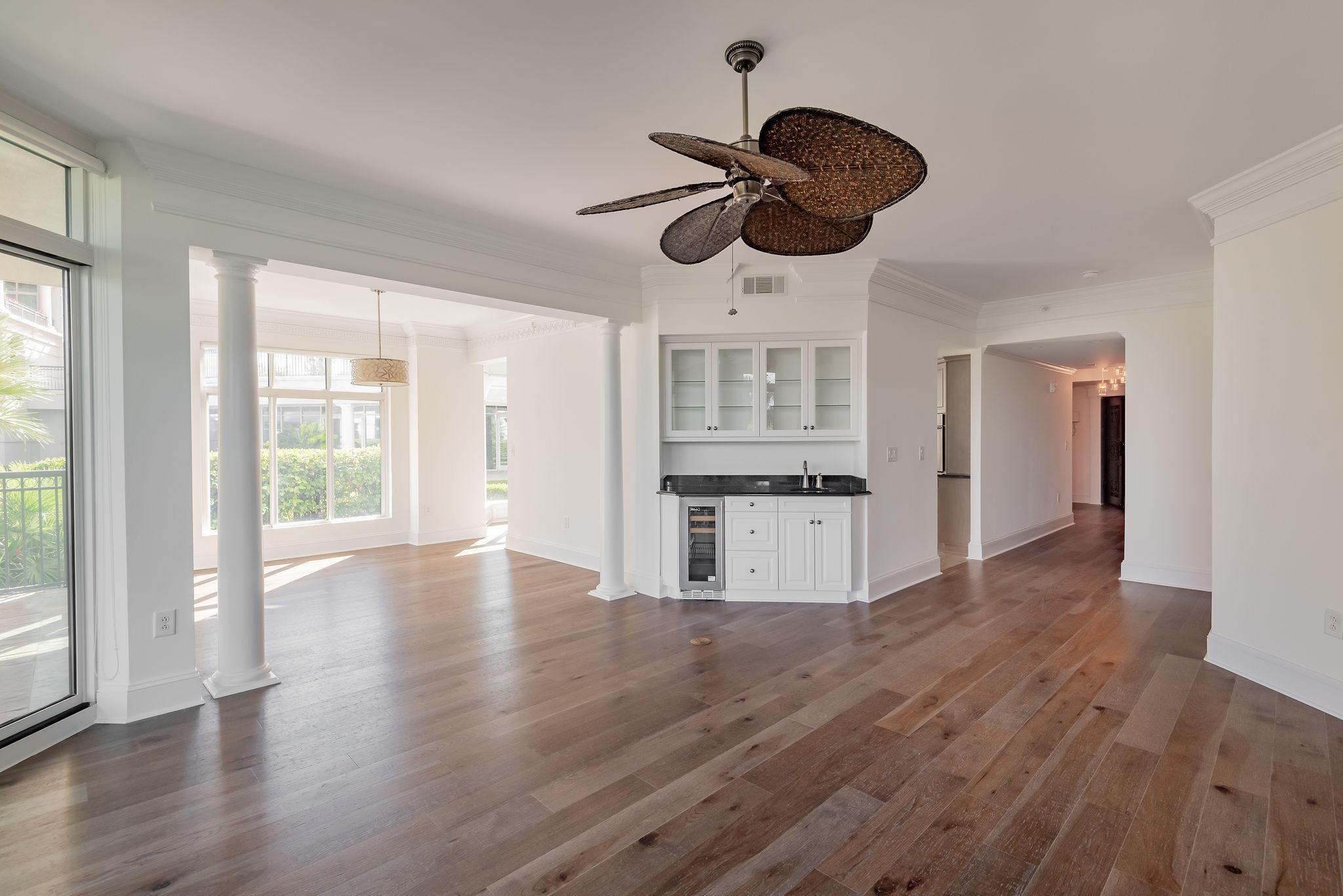 Renaissance On Chas Harbor Homes For Sale - 211 Plaza, Mount Pleasant, SC - 7