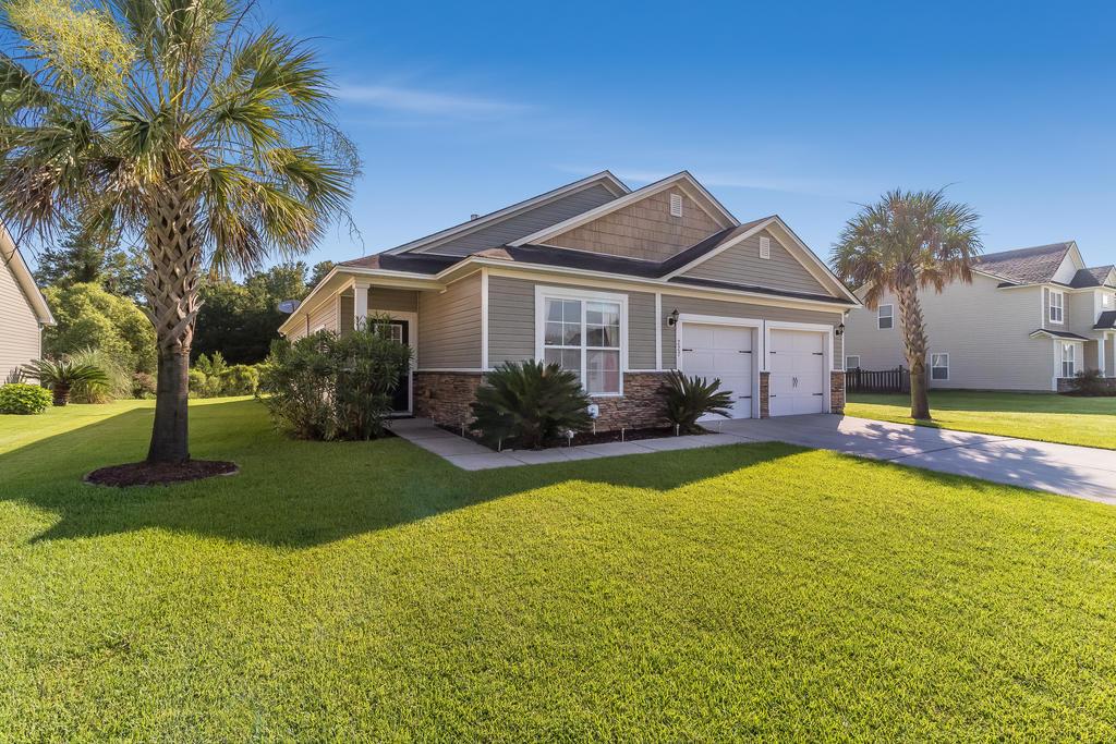 Felder Creek Homes For Sale - 227 Meadow Wood, Summerville, SC - 29