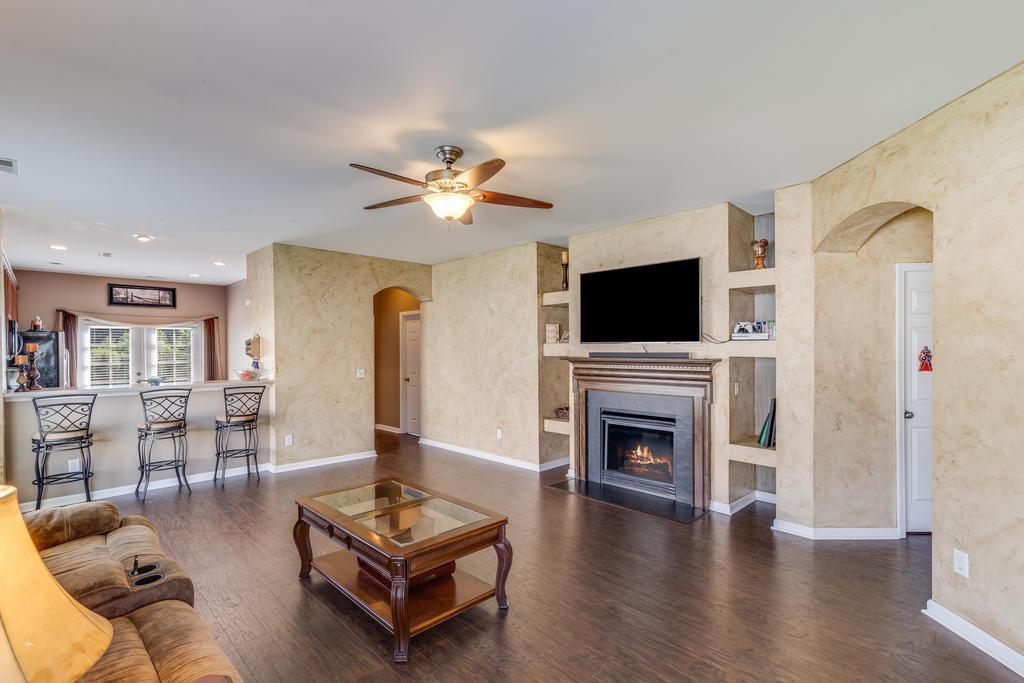 Felder Creek Homes For Sale - 227 Meadow Wood, Summerville, SC - 2