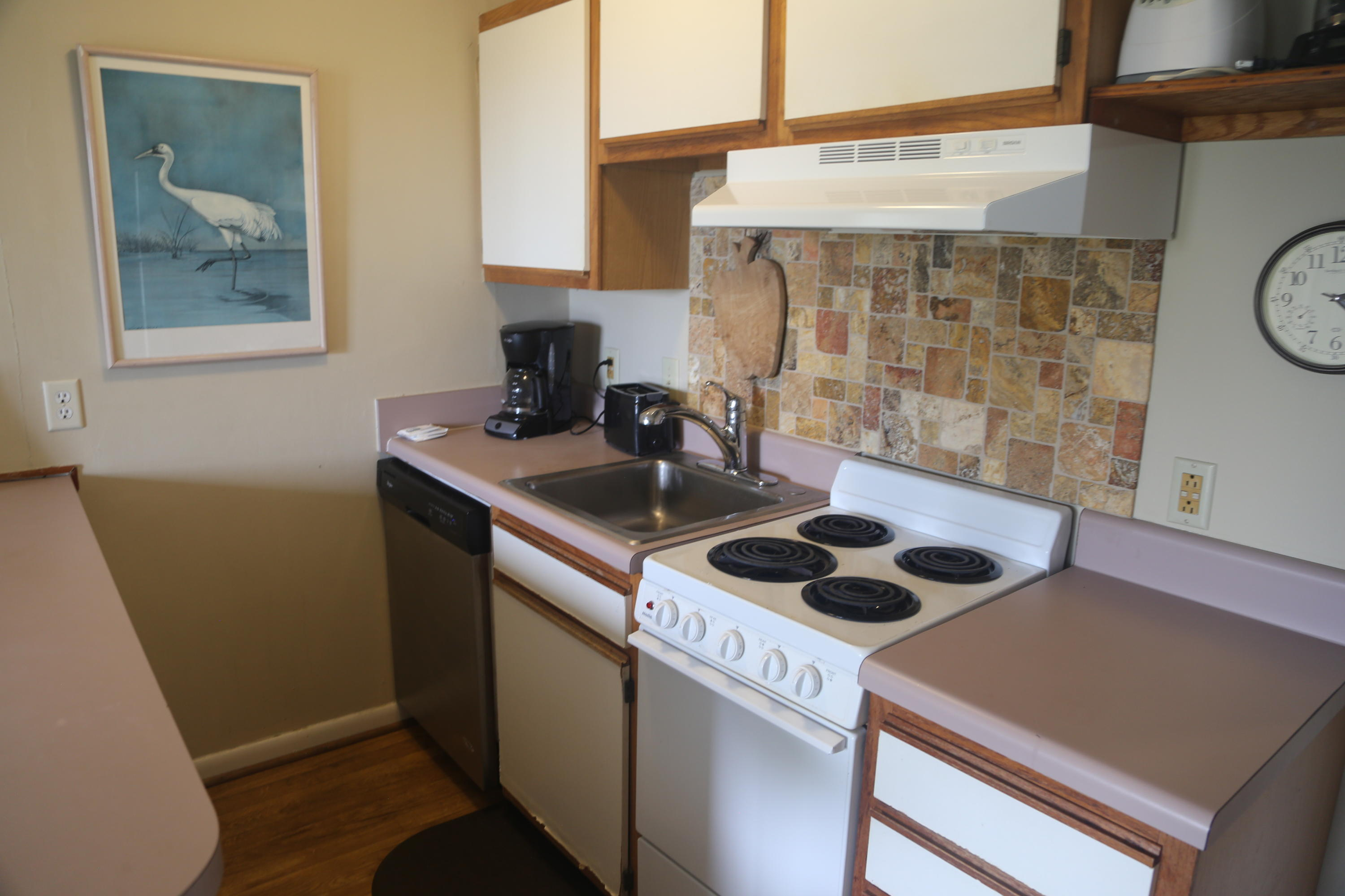 Sea Cabin On The Ocean Homes For Sale - 1300 Ocean, Isle of Palms, SC - 36