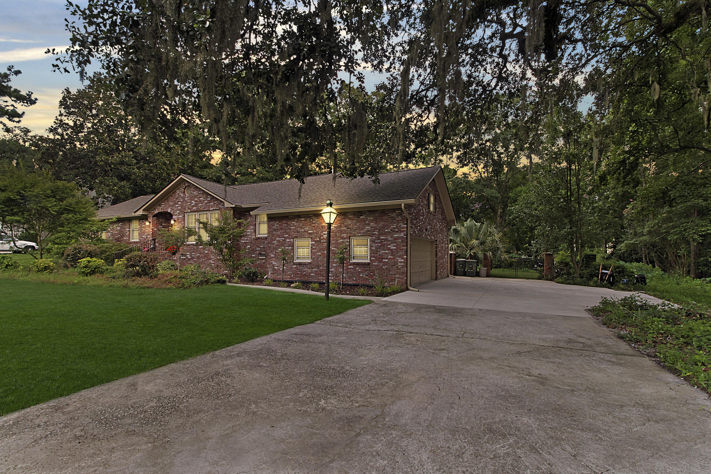 Dominion Hills Homes For Sale - 1027 Yeamans Hall, Hanahan, SC - 24
