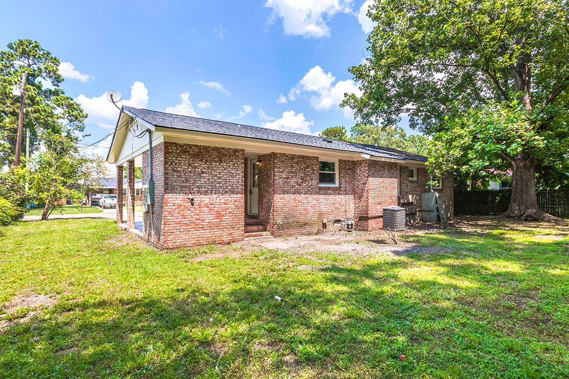 Sedgefield Section I Homes For Sale - 121 Elmora, Goose Creek, SC - 9