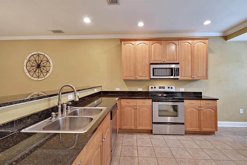 Summers Bend on the Ashley Homes For Sale - 8383 Spring Farm Gate, North Charleston, SC - 10