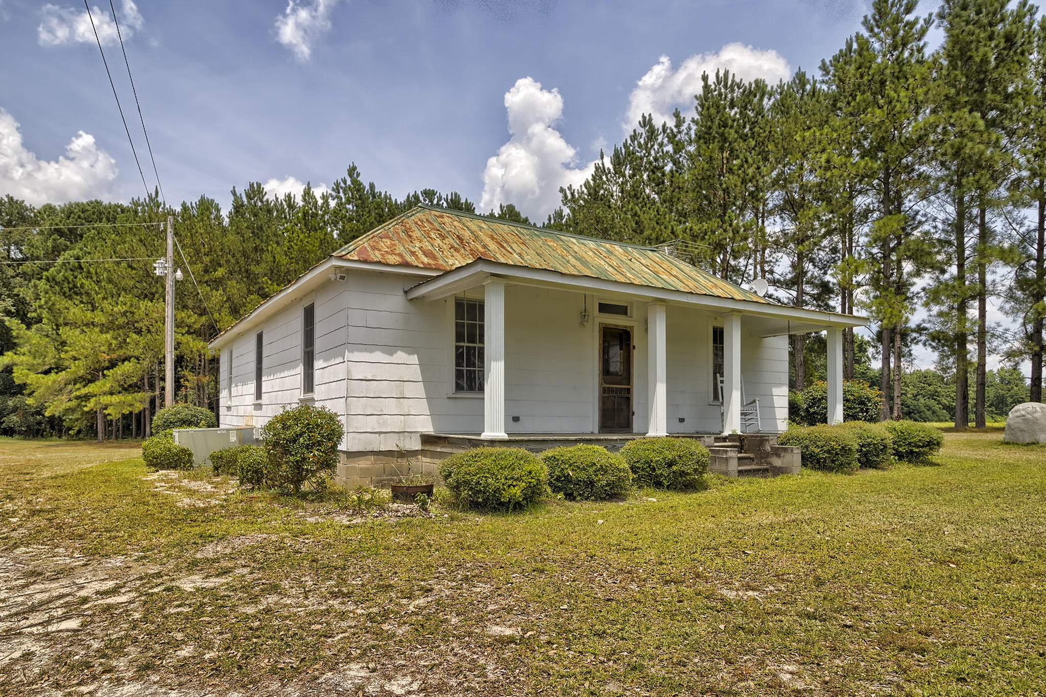 Photo of 1704 Midway Rd, Elloree, SC 29047