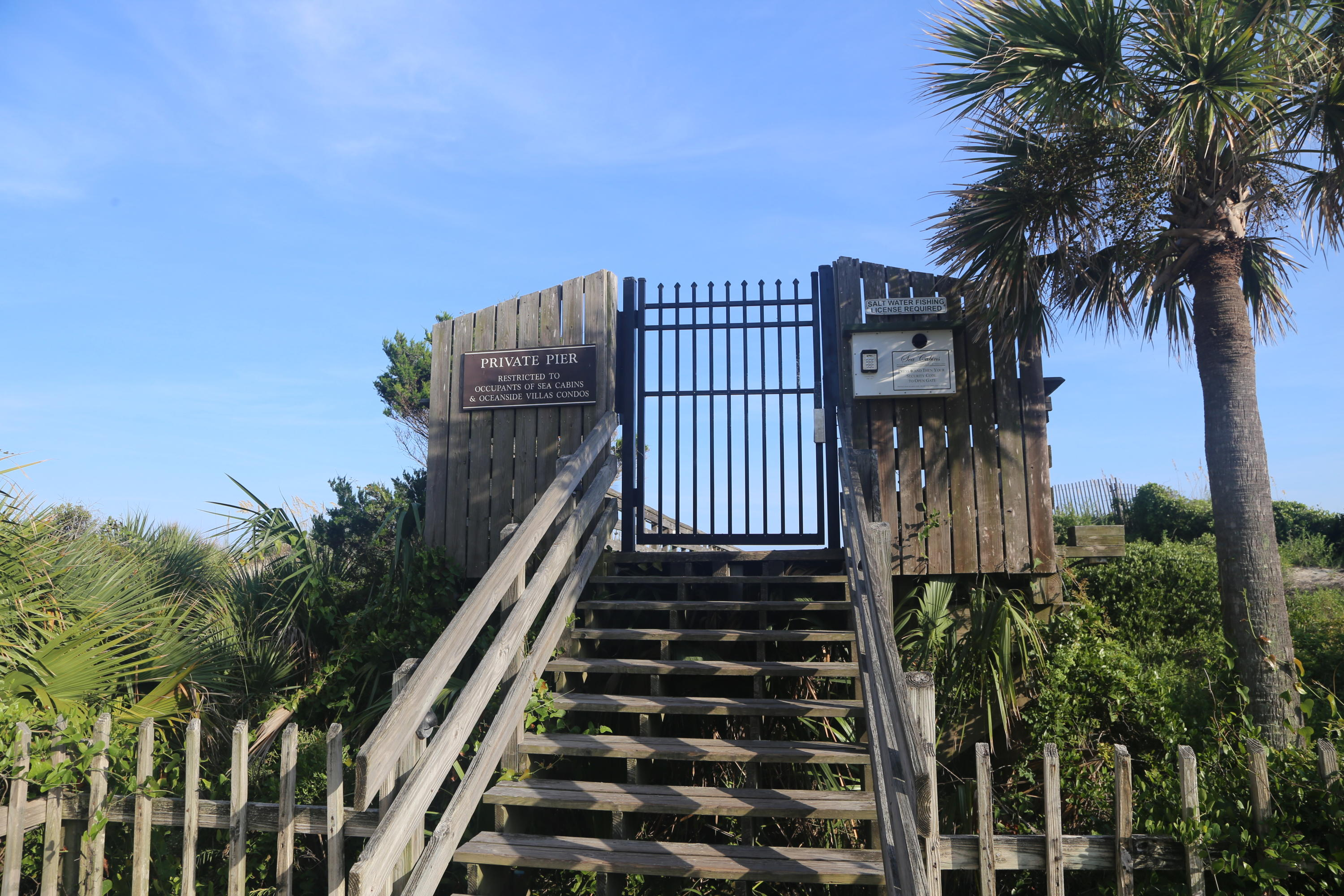 Sea Cabin On The Ocean Homes For Sale - 1300 Ocean, Isle of Palms, SC - 17