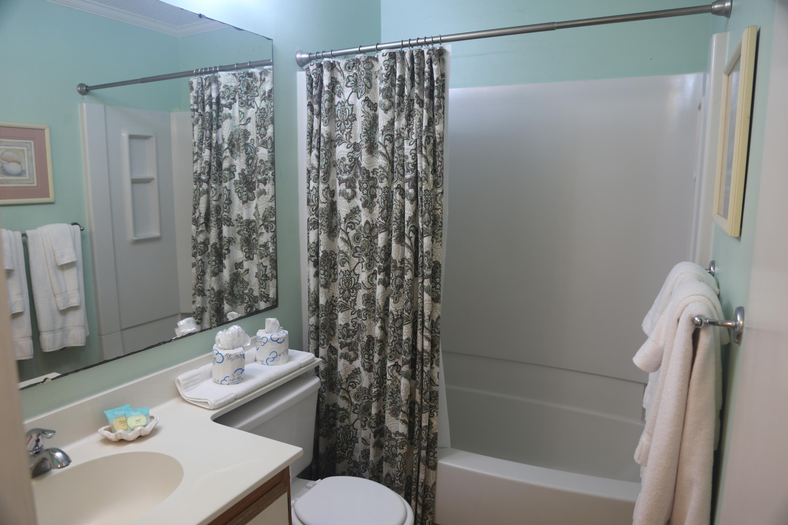 Sea Cabin On The Ocean Homes For Sale - 1300 Ocean, Isle of Palms, SC - 45