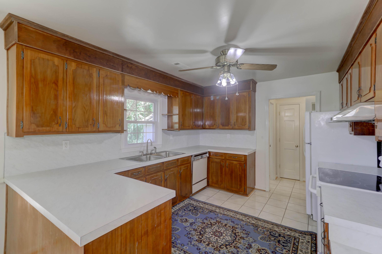 Fort Johnson Estates Homes For Sale - 855 Robert E Lee, Charleston, SC - 14