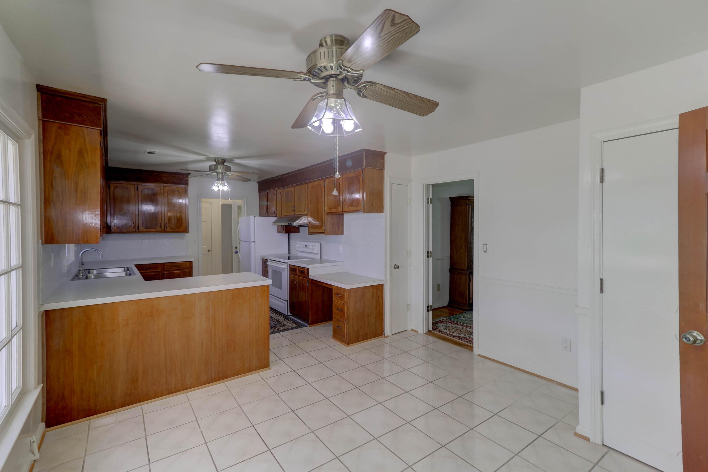 Fort Johnson Estates Homes For Sale - 855 Robert E Lee, Charleston, SC - 12