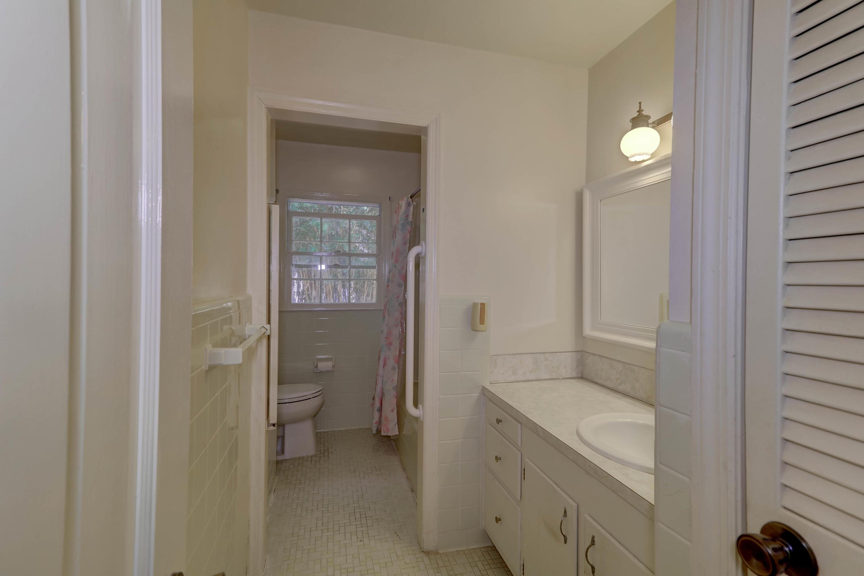 Fort Johnson Estates Homes For Sale - 855 Robert E Lee, Charleston, SC - 29