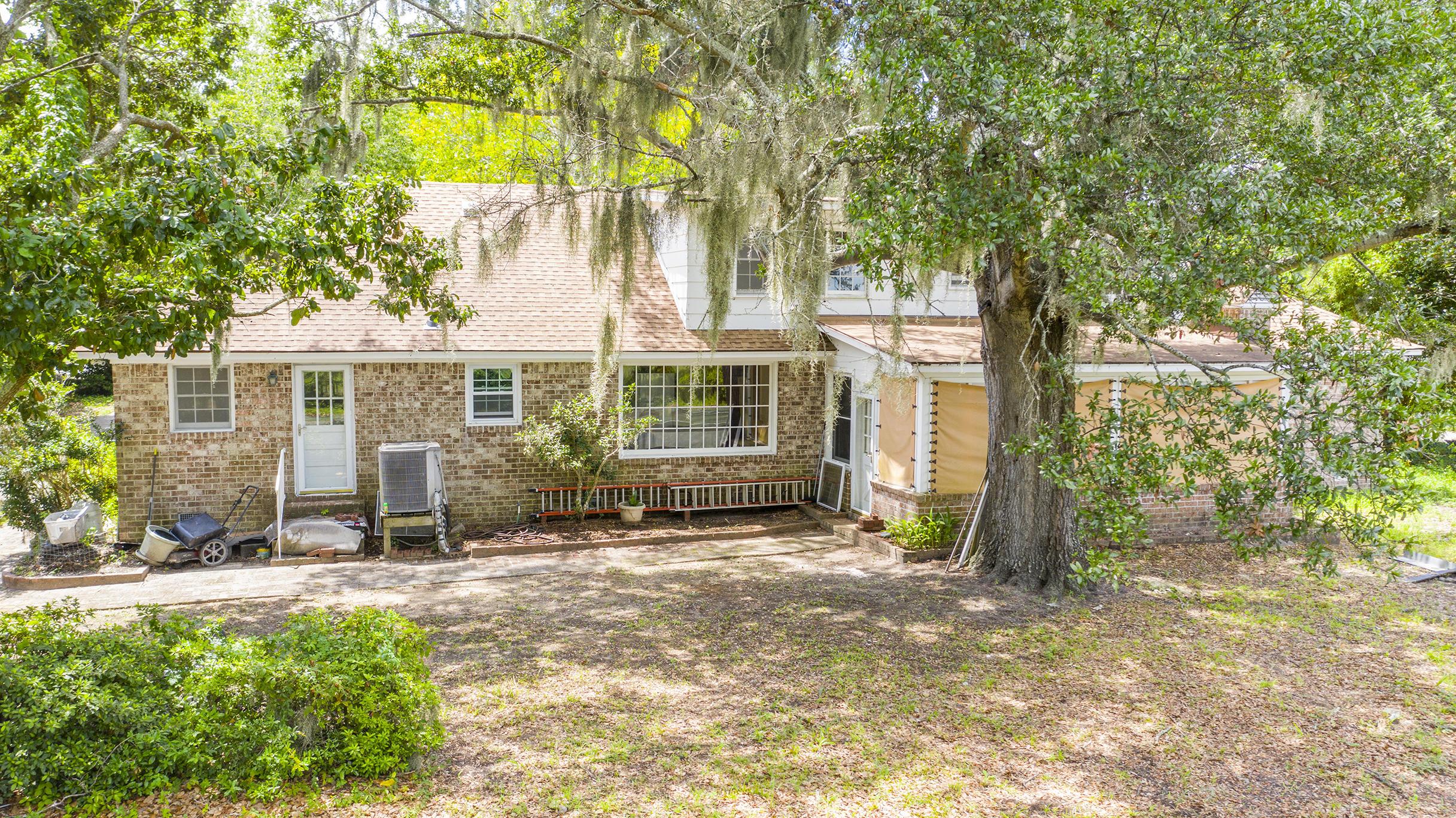 Fort Johnson Estates Homes For Sale - 855 Robert E Lee, Charleston, SC - 18