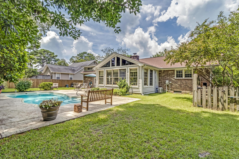 Snee Farm Homes For Sale - 934 Law, Mount Pleasant, SC - 30