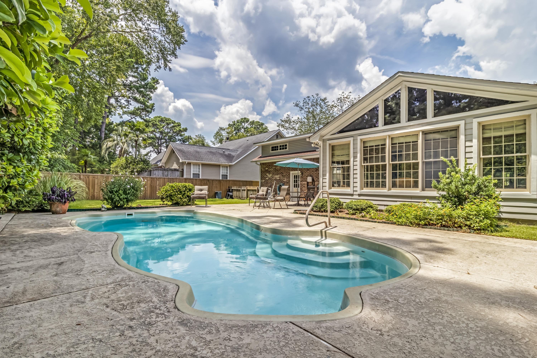 Snee Farm Homes For Sale - 934 Law, Mount Pleasant, SC - 29