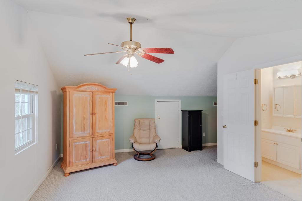 Snee Farm Homes For Sale - 934 Law, Mount Pleasant, SC - 34