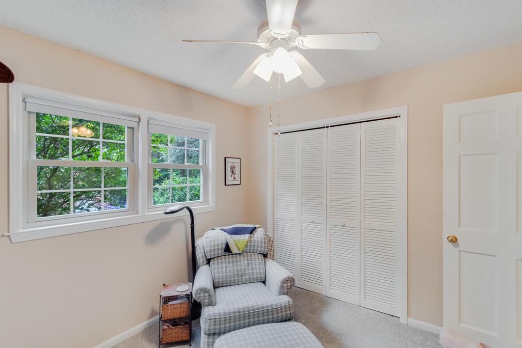 Snee Farm Homes For Sale - 934 Law, Mount Pleasant, SC - 2
