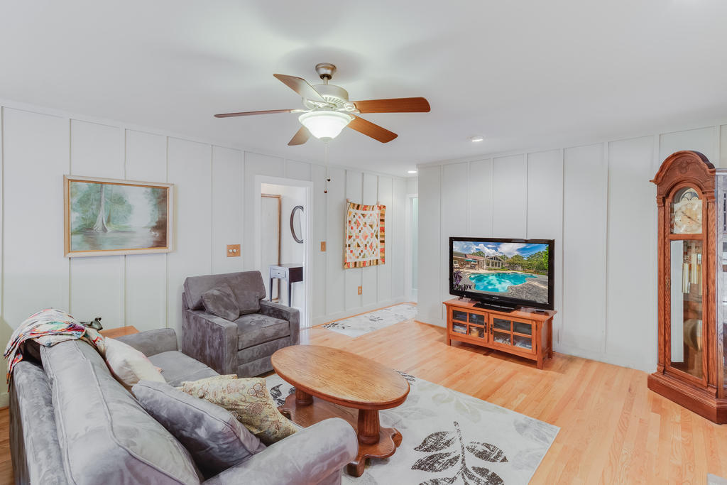 Snee Farm Homes For Sale - 934 Law, Mount Pleasant, SC - 18