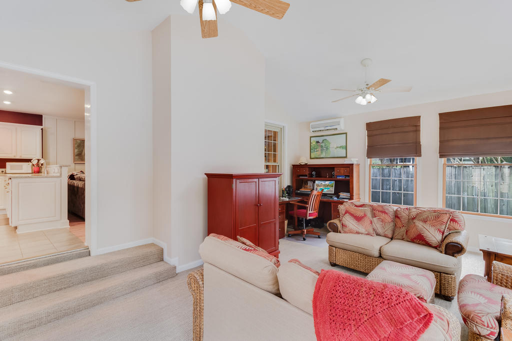 Snee Farm Homes For Sale - 934 Law, Mount Pleasant, SC - 11