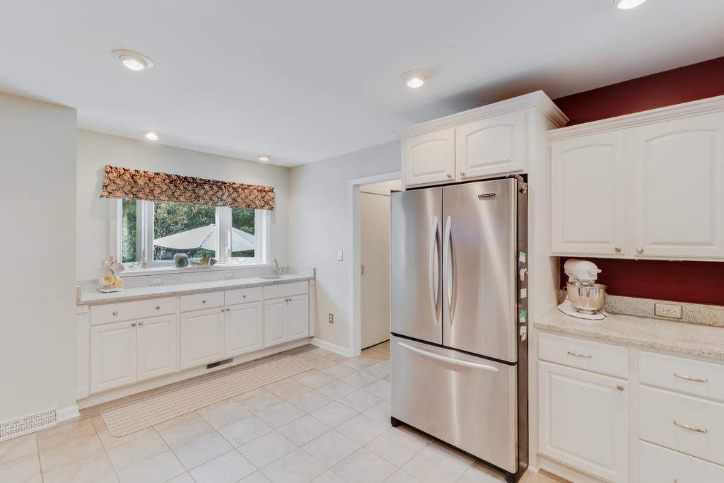Snee Farm Homes For Sale - 934 Law, Mount Pleasant, SC - 20