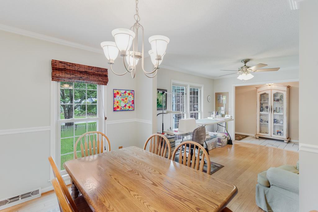Snee Farm Homes For Sale - 934 Law, Mount Pleasant, SC - 14