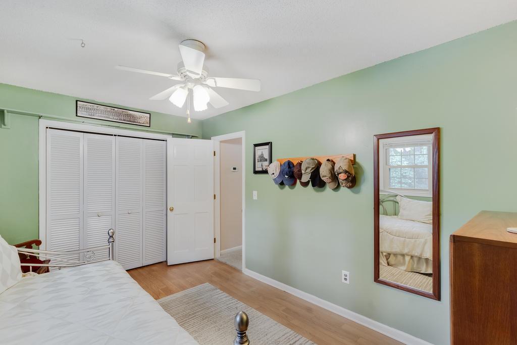 Snee Farm Homes For Sale - 934 Law, Mount Pleasant, SC - 35