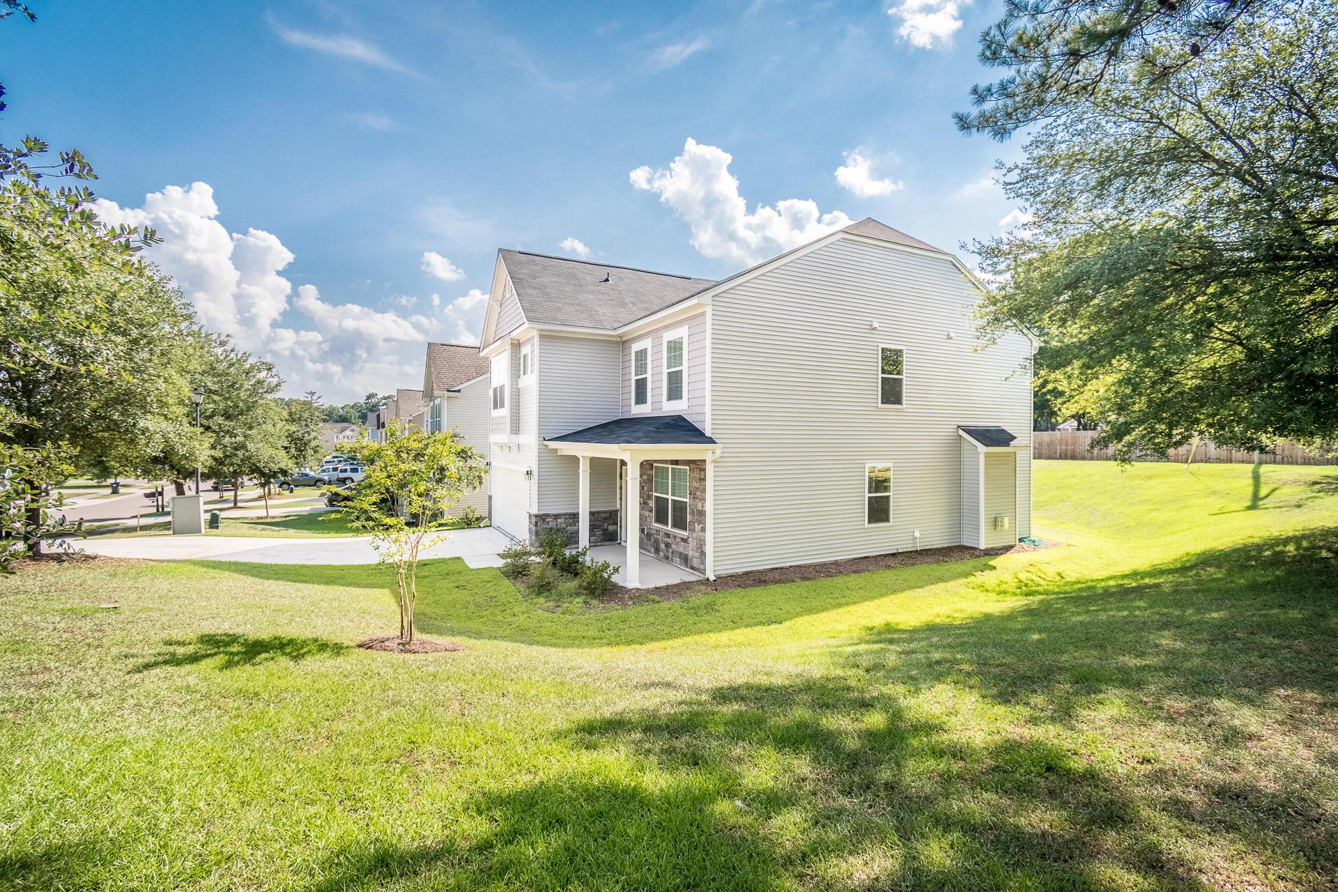 Sunnyfield Homes For Sale - 100 Medford, Summerville, SC - 37