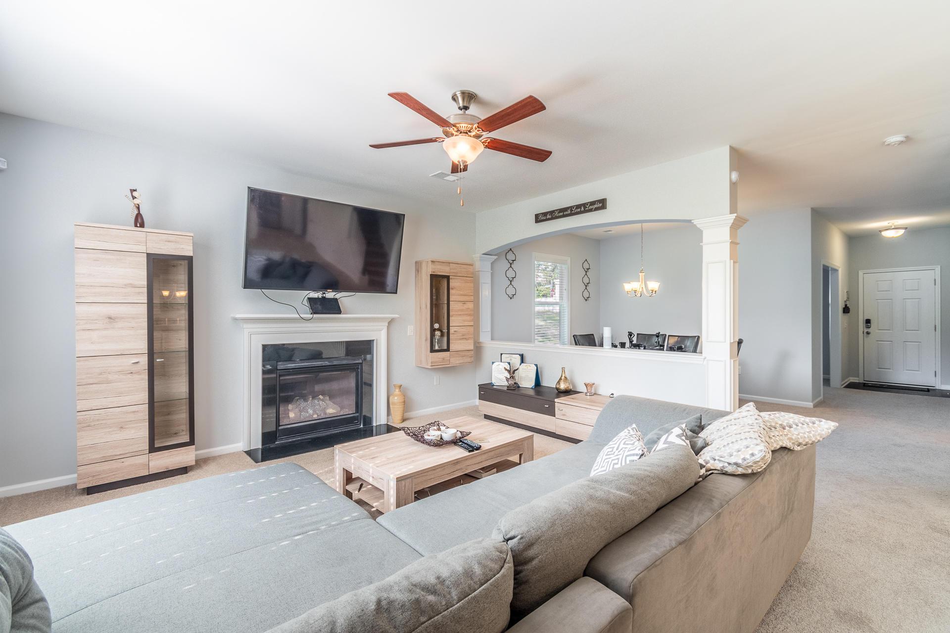 Sunnyfield Homes For Sale - 100 Medford, Summerville, SC - 29