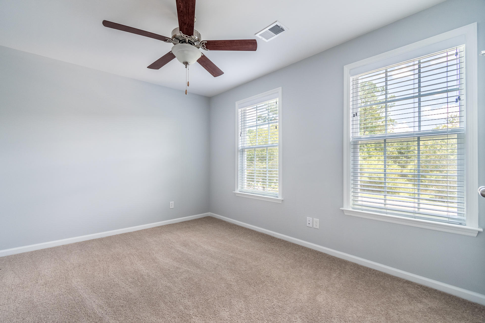 Sunnyfield Homes For Sale - 100 Medford, Summerville, SC - 8