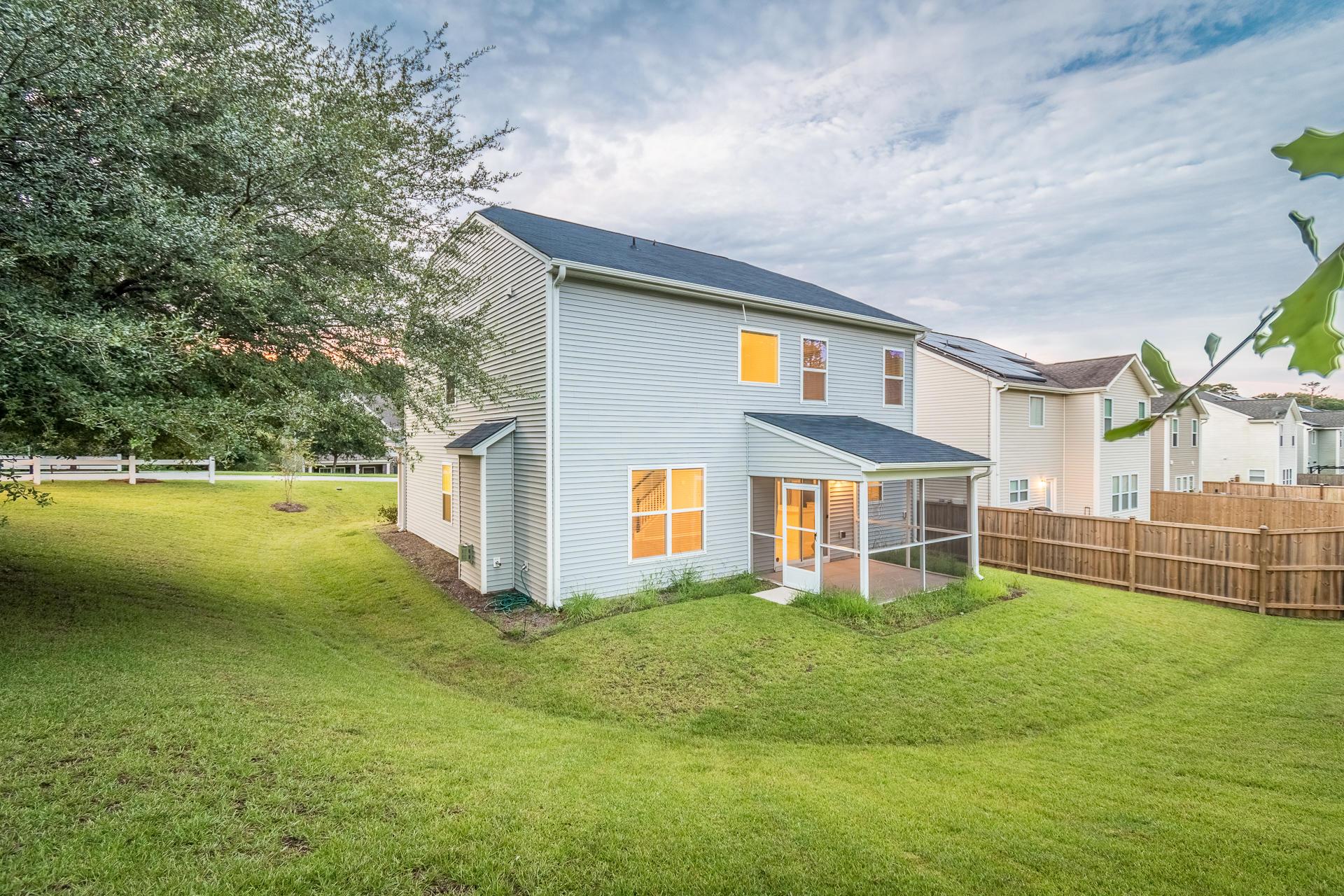 Sunnyfield Homes For Sale - 100 Medford, Summerville, SC - 3