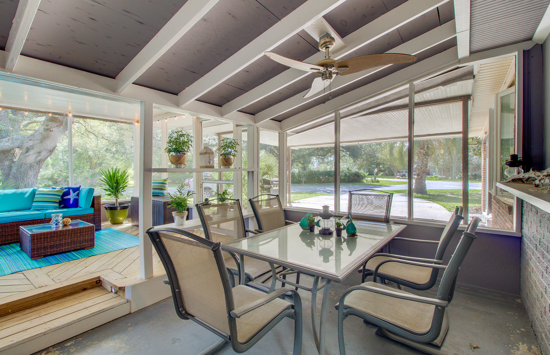 Lighthouse Point Homes For Sale - 1013 Windward, Charleston, SC - 29