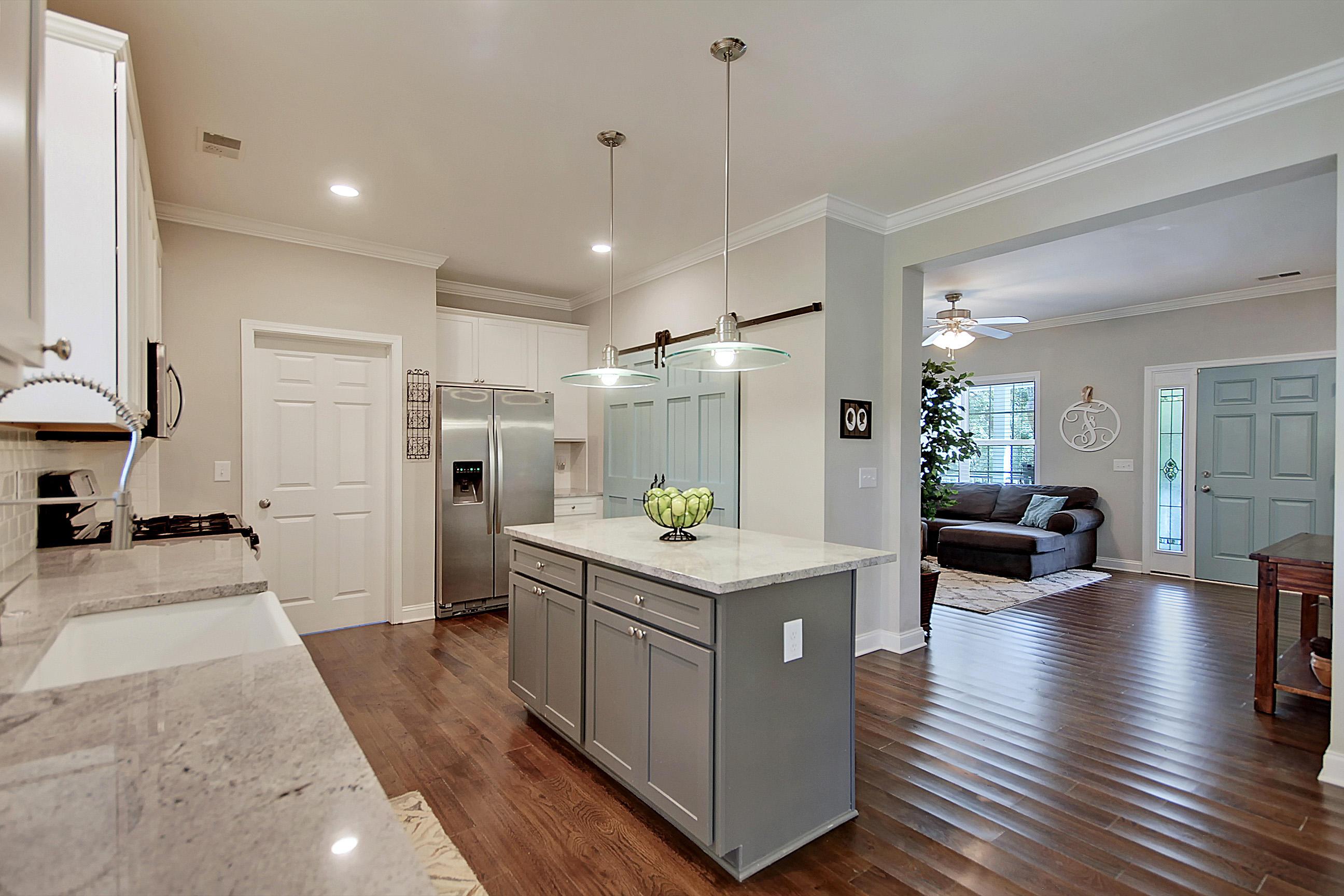 Lighthouse Point Homes For Sale - 634 Lynne, Charleston, SC - 29