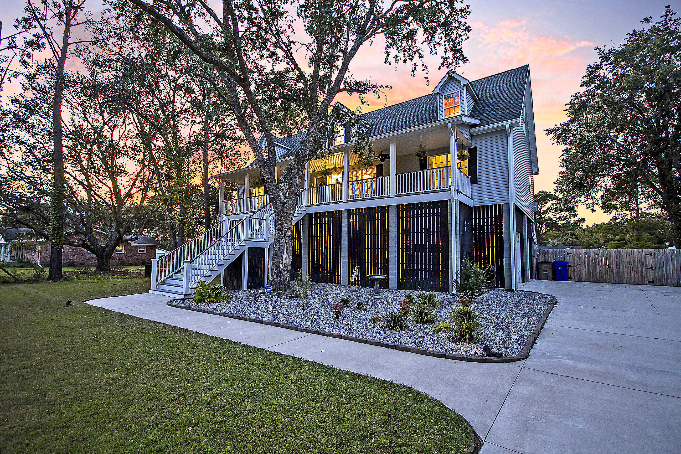 Lighthouse Point Homes For Sale - 634 Lynne, Charleston, SC - 32