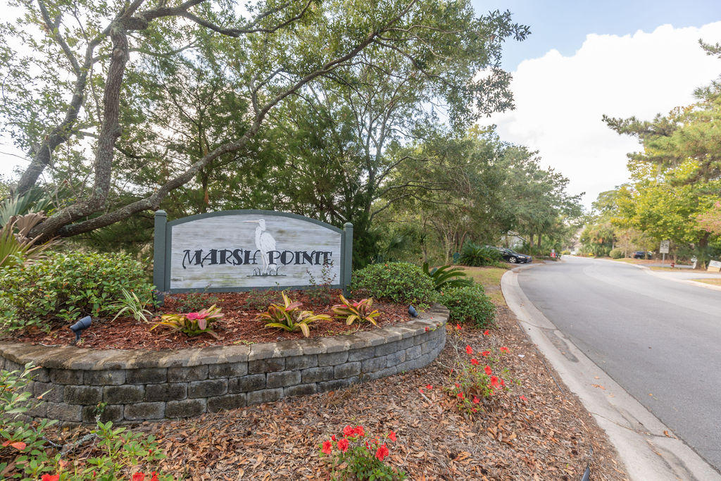 Marsh Pointe Homes For Sale - 1038 Marsh Court, Mount Pleasant, SC - 27
