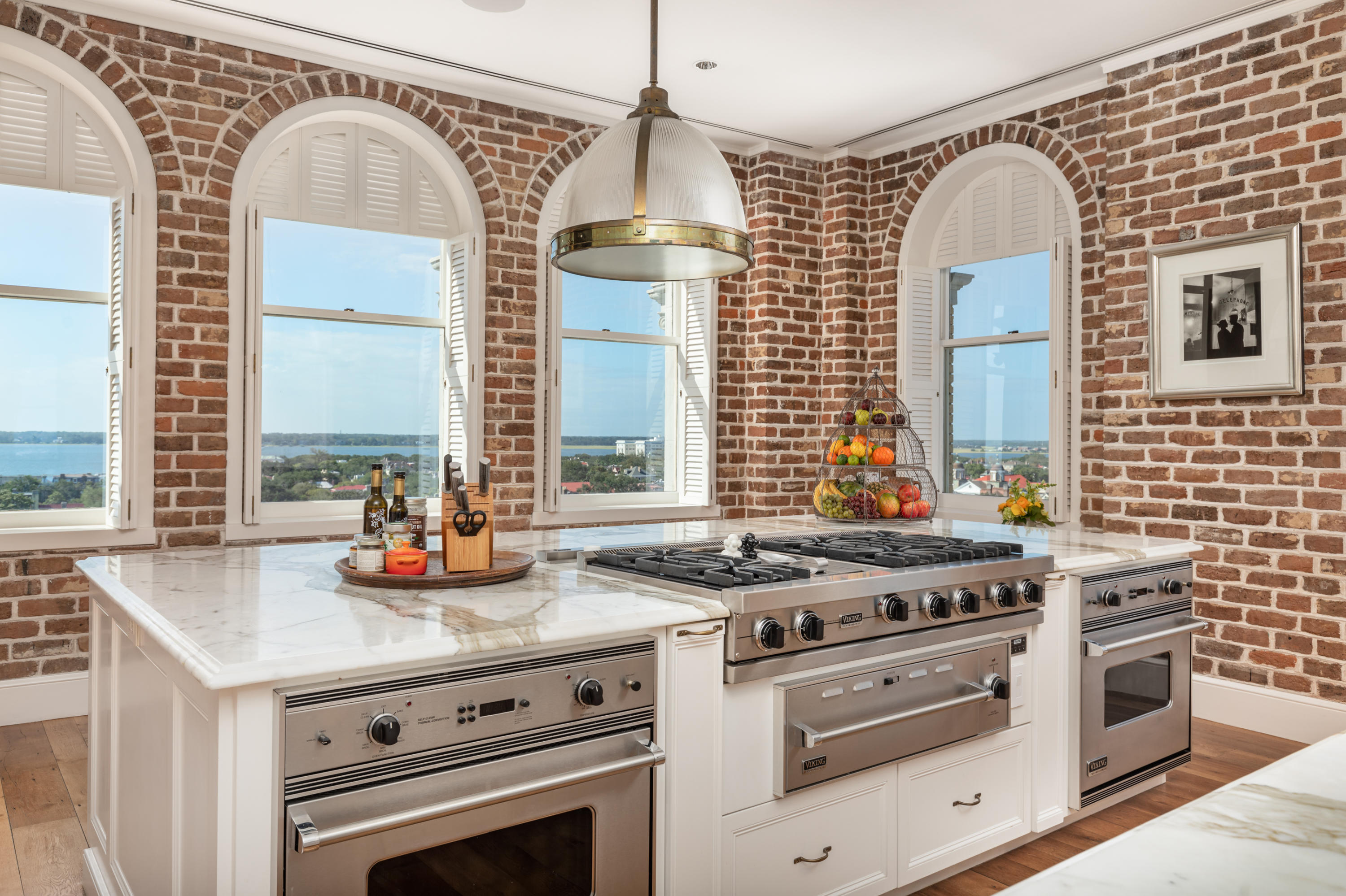 French Quarter Homes For Sale - 18 Broad, Charleston, SC - 27