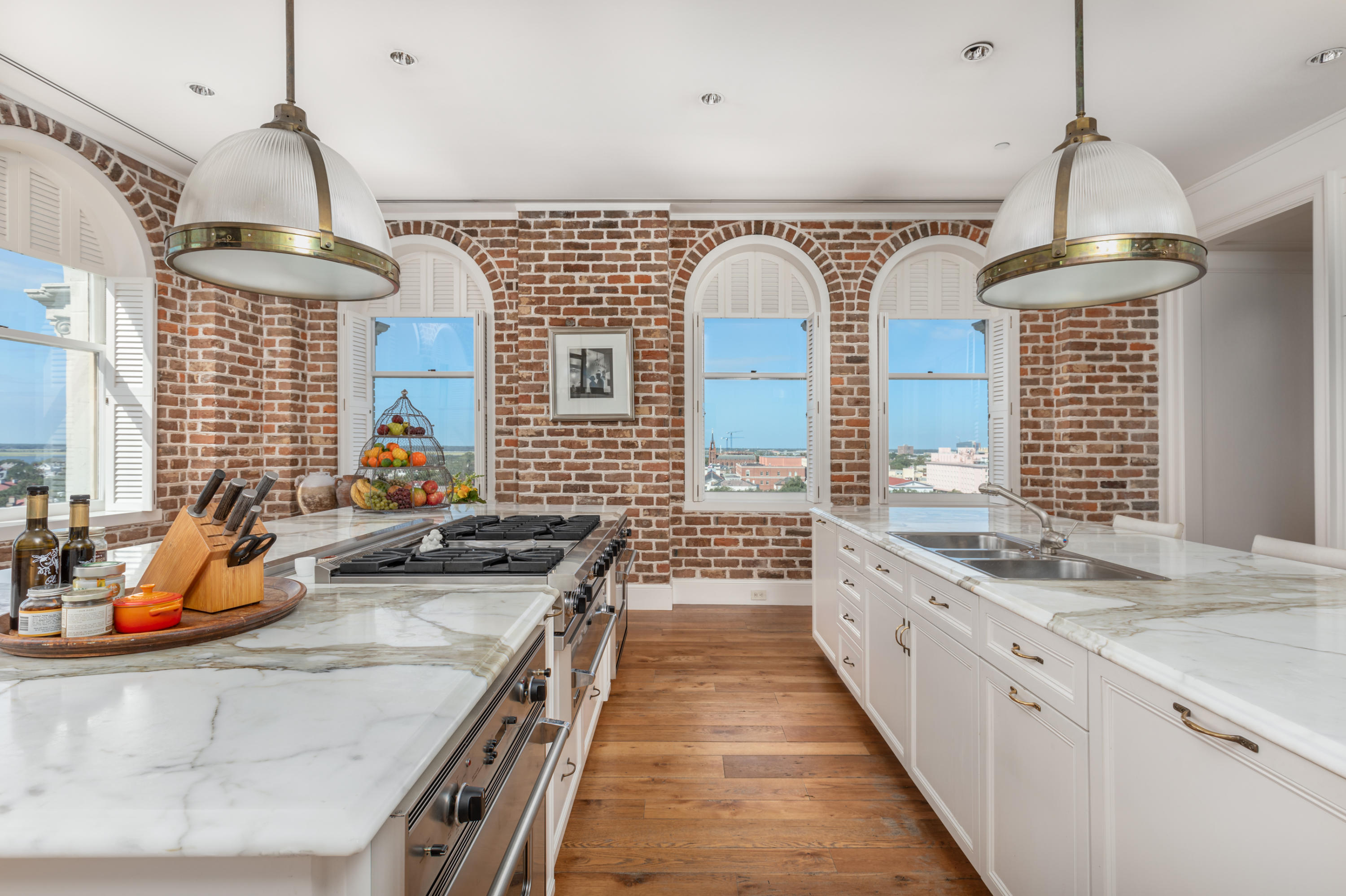 French Quarter Homes For Sale - 18 Broad, Charleston, SC - 28