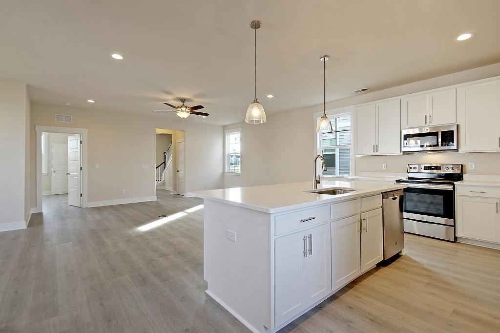 Horizon Village Homes For Sale - 3952 Hillyard, North Charleston, SC - 18