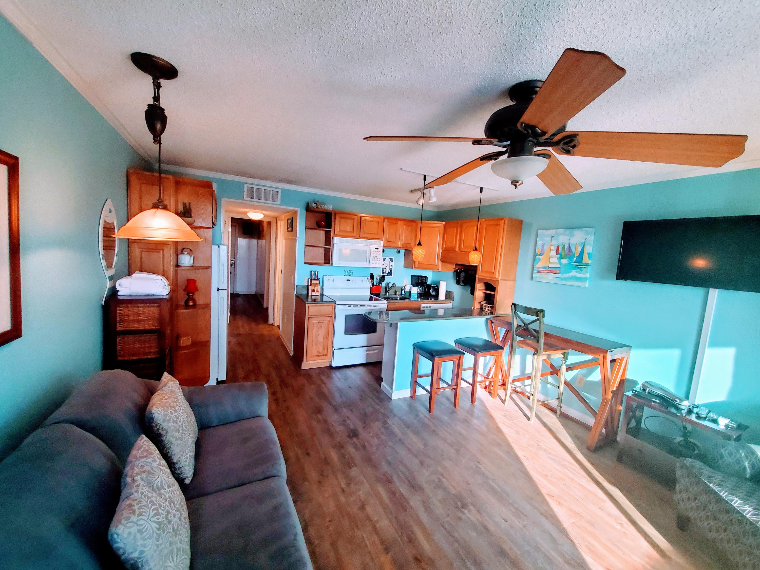 Sea Cabin On The Ocean Homes For Sale - 1300 Ocean, Isle of Palms, SC - 15