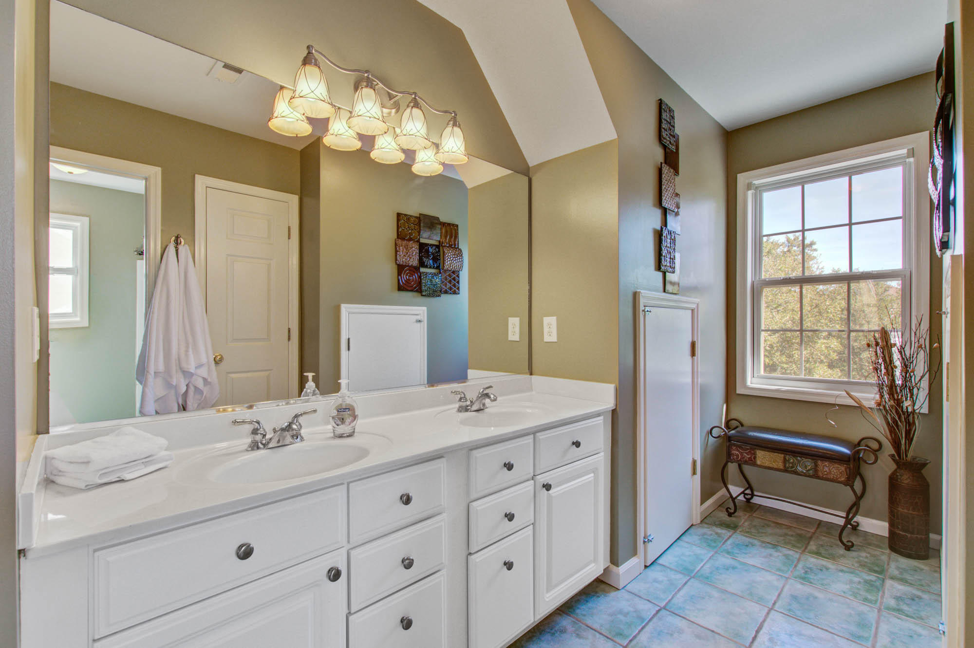 St Thomas Point Homes For Sale - 307 Jamesbury, Charleston, SC - 17