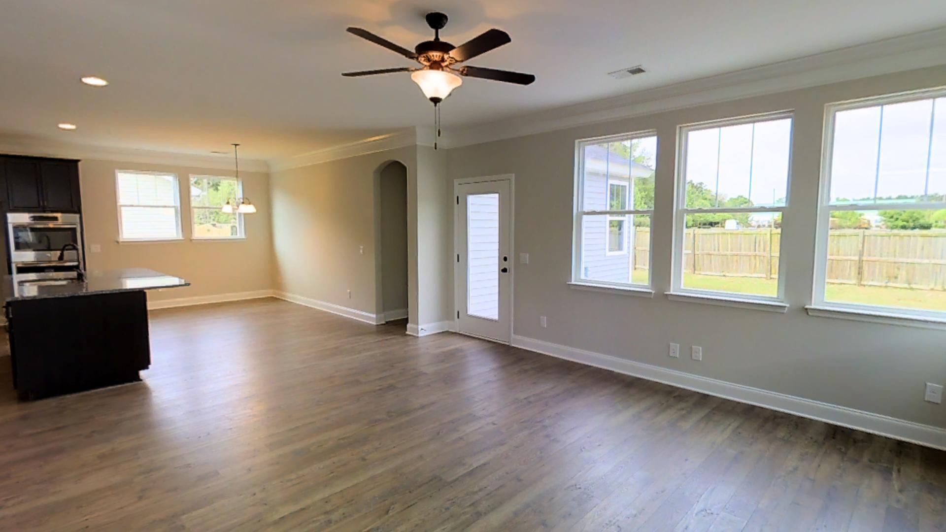 Pinehill Acres Homes For Sale - 129 Schoonover, Summerville, SC - 3