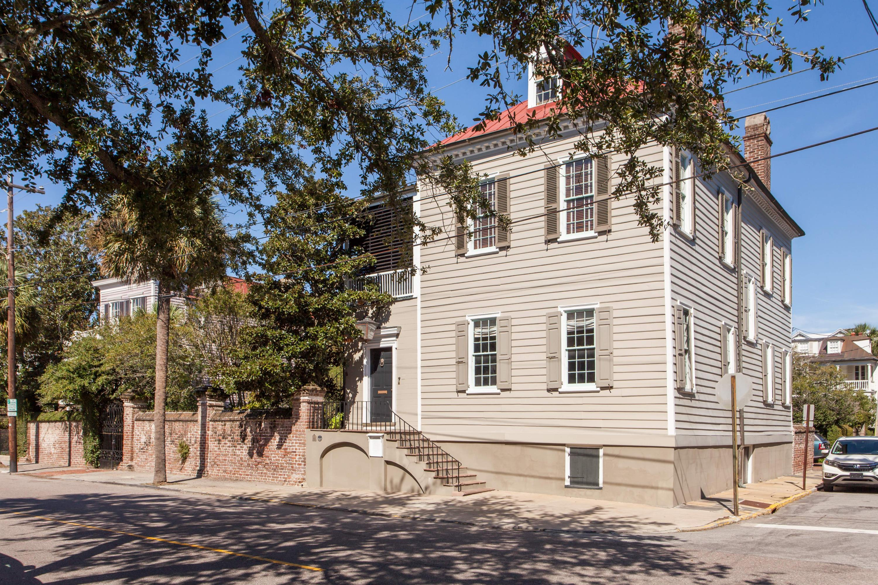 South of Broad Homes For Sale - 58 South Battery, Charleston, SC - 54