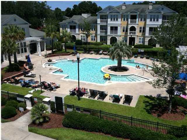 Southampton Pointe Homes For Sale - 2118 Chatelain, Mount Pleasant, SC - 0
