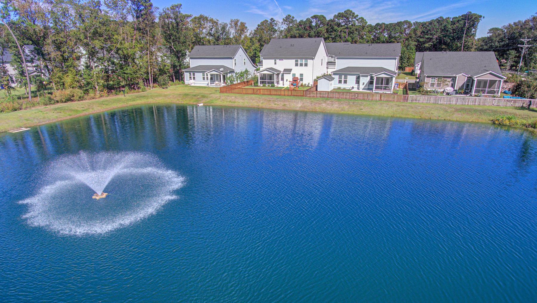 Magnolia Village Homes For Sale - 1309 Enfield, Mount Pleasant, SC - 2