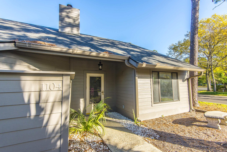 Snee Farm Homes For Sale - 1104 Daffodil, Mount Pleasant, SC - 37