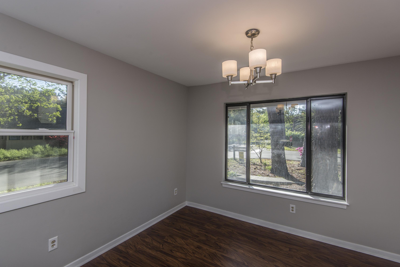 Snee Farm Homes For Sale - 1104 Daffodil, Mount Pleasant, SC - 41