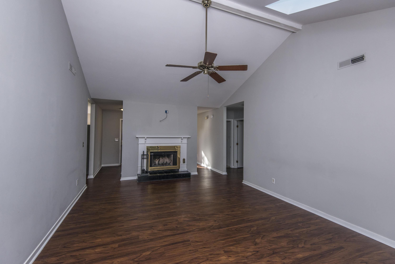 Snee Farm Homes For Sale - 1104 Daffodil, Mount Pleasant, SC - 25