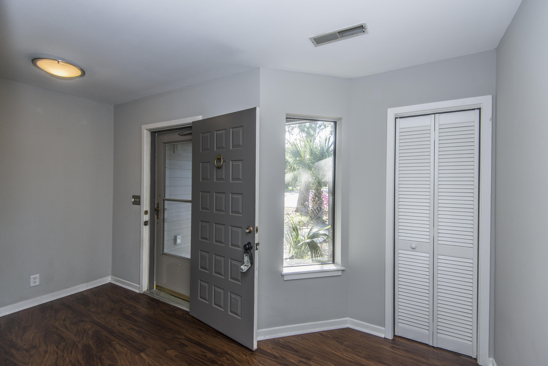 Snee Farm Homes For Sale - 1104 Daffodil, Mount Pleasant, SC - 16
