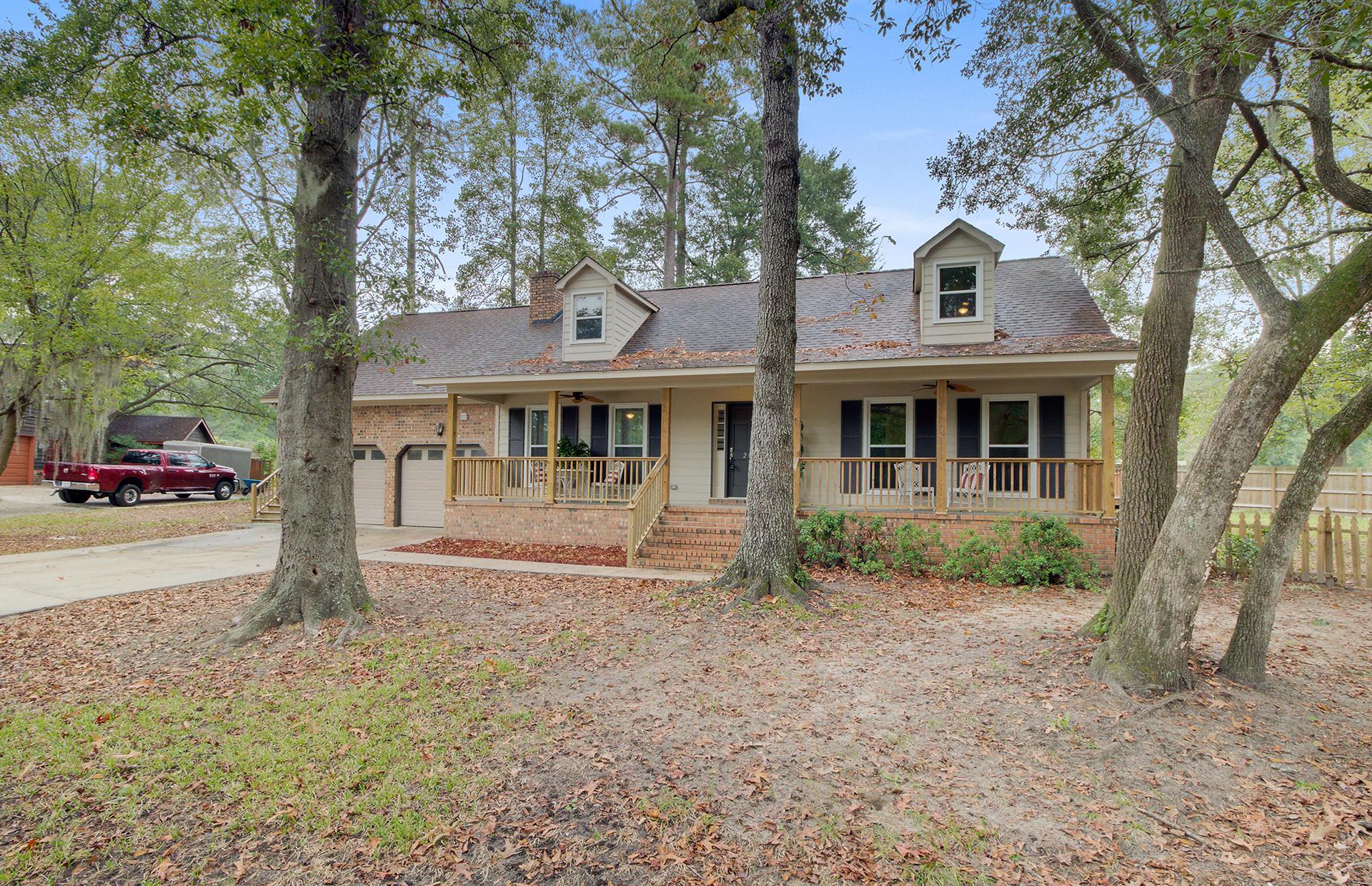 White Church Place Homes For Sale - 208 Glebe, Summerville, SC - 3