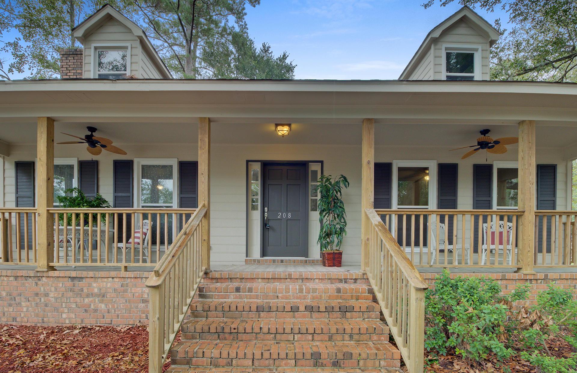 White Church Place Homes For Sale - 208 Glebe, Summerville, SC - 5