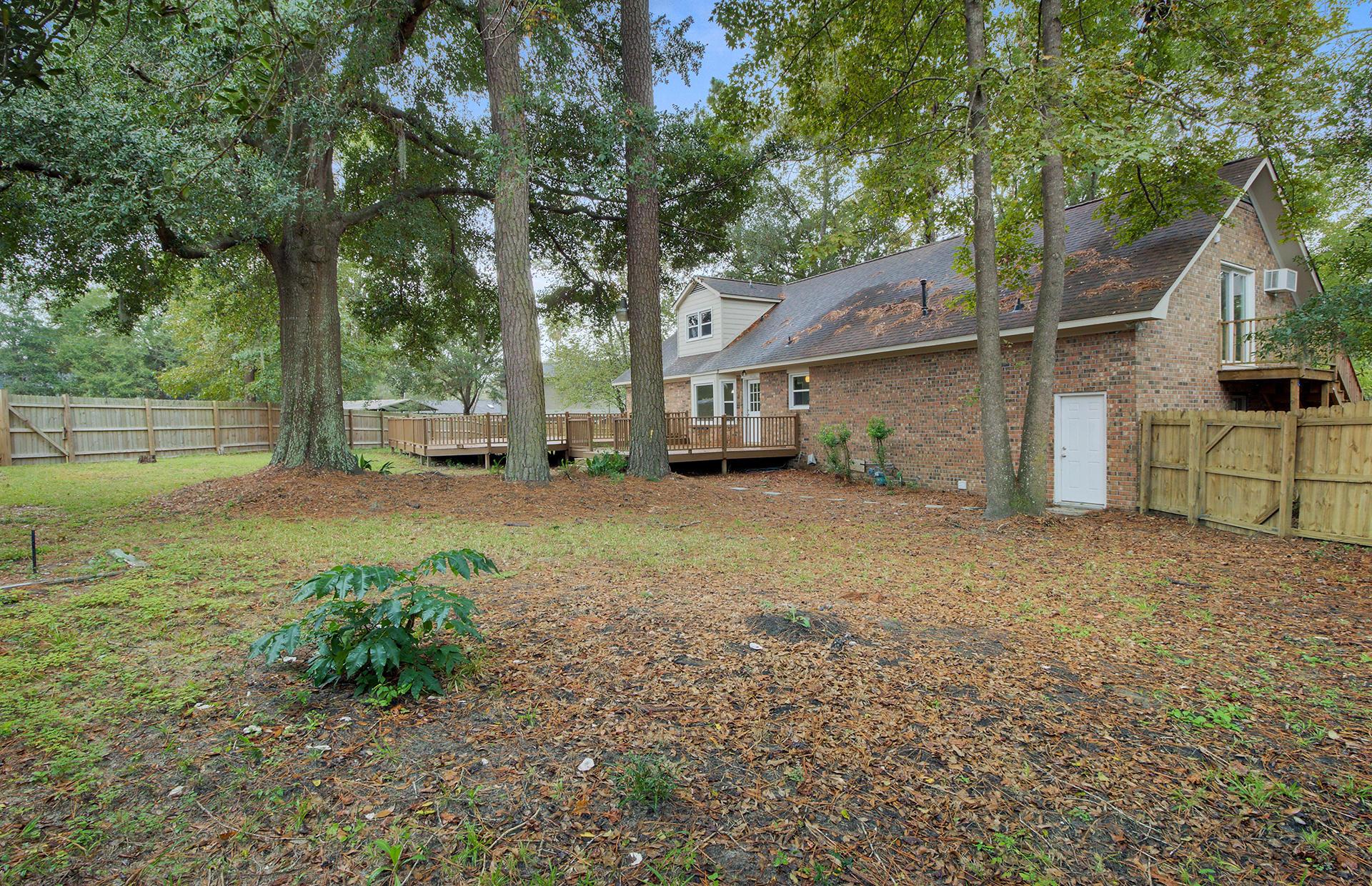 White Church Place Homes For Sale - 208 Glebe, Summerville, SC - 16