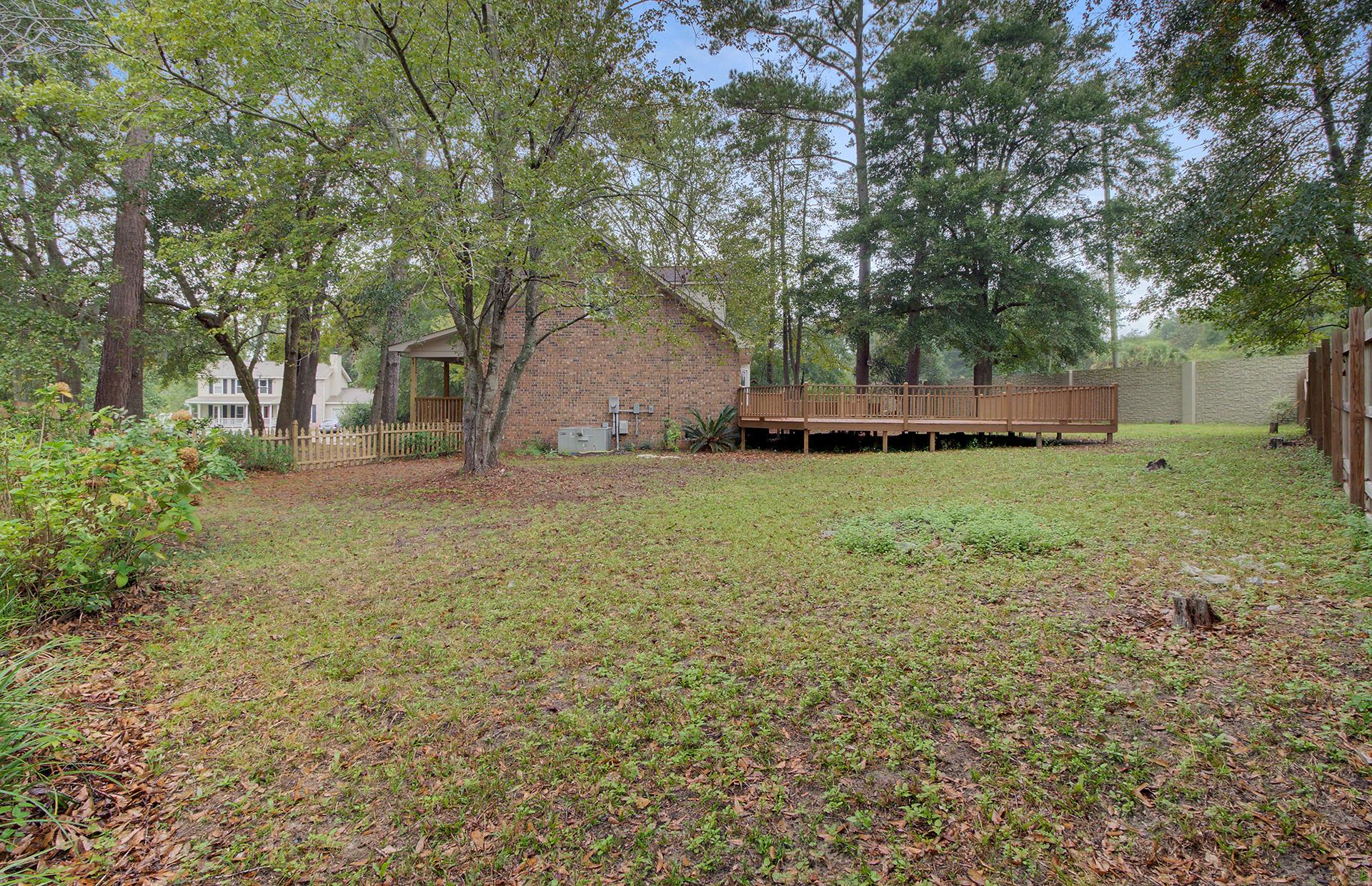 White Church Place Homes For Sale - 208 Glebe, Summerville, SC - 18